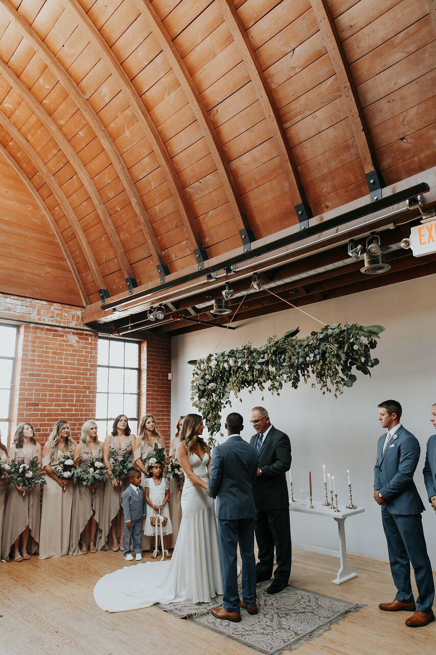 Holloway House Wedding - Floral piece by TWM