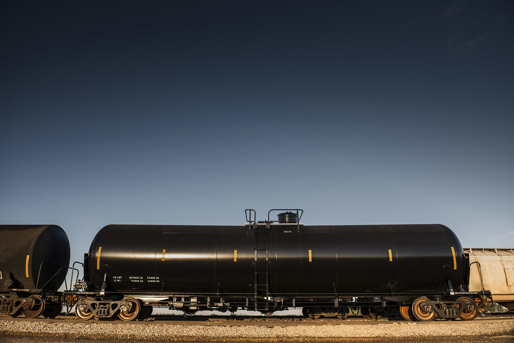 300 CP1232 GP Tanks - Available NOW for Sale or Lease!