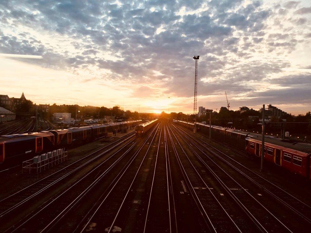 clouds-dusk-evening-912617.jpg