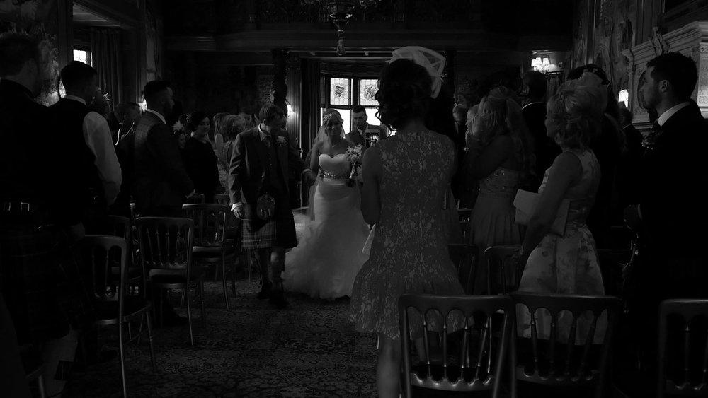 FYVIE-CASTLE-WEDDING (15).jpg