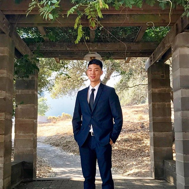 "Summer Spotlight! • Brother Andrew Kim has been interning at the Chamberlain Financial Planning & Wealth Management for this past summer and will be continuing during the school year! Andrew says that his Delta Sigma Pi experience helped him tremendously throughout the interview process. Fun fact: One of the financial advisors at his company is also a fellow Deltasig that personally mentored him during the internship! ""Brotherhood is not for four years, it's for life!"" Stay tuned for more summer updates!"