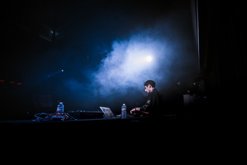 onstage-1-11.jpg