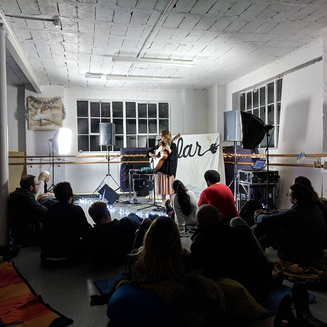 @izzieyardley was amazing at @sofarsoundsbournemouth! Look forward to working with you again on many more shows!