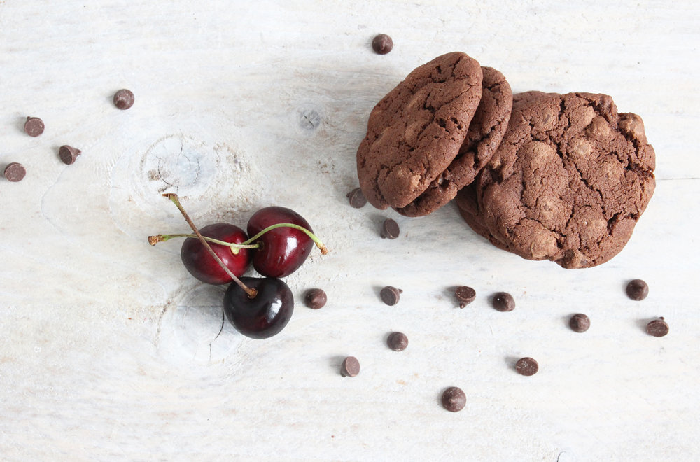 Cherry and chocolate cookies