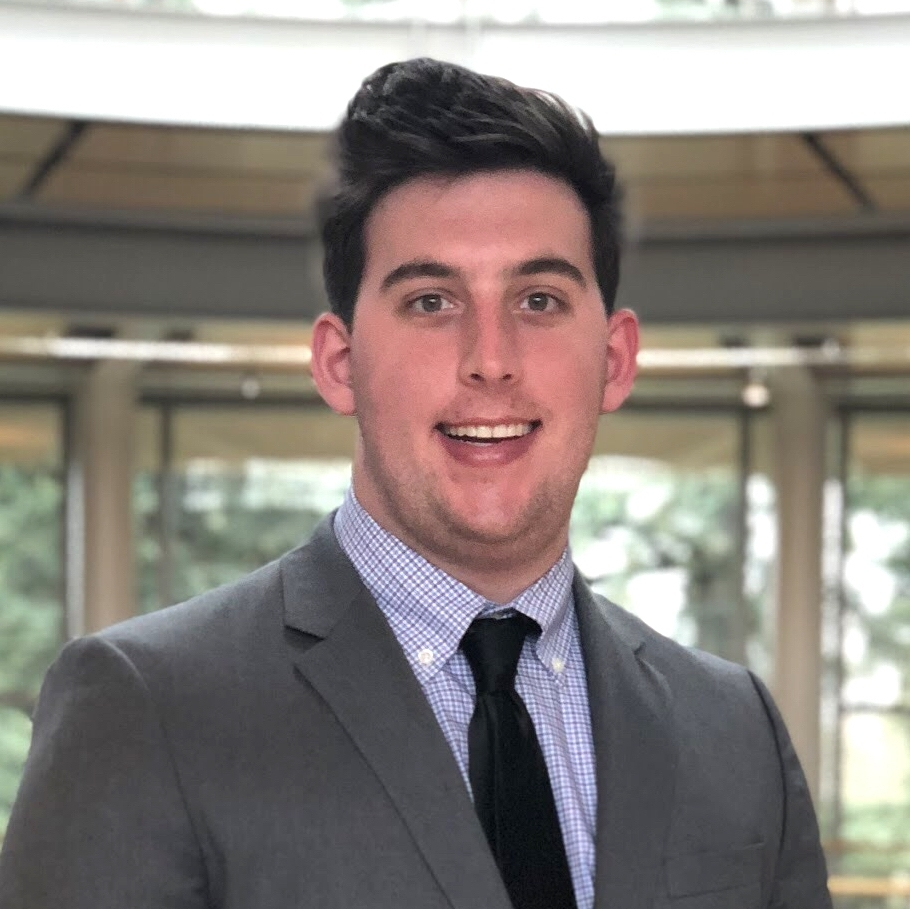 Elliott Johnson , Investing Associate  Major: Pre-Business Administration  Minor: Biology