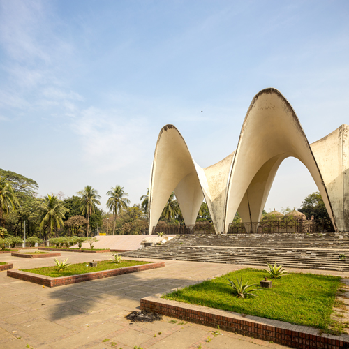 Masood Ahmed and SA Zahiruddin, Mausoleum of Three Leaders, Dhaka. Image credit: Randhir Singh