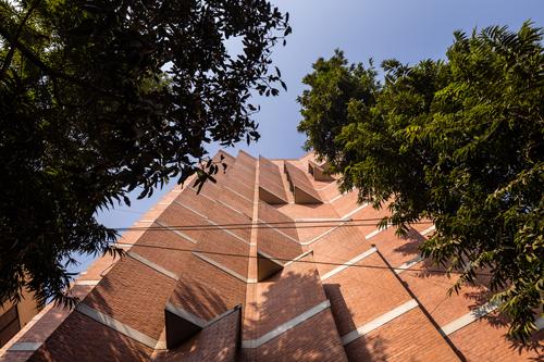 Marina Tabassum, Pavilion Apartment, Dhaka. Image credit: Randhir Singh