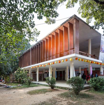 Muzahrul Islam, College of Arts and Crafts, Dhaka. Image credit Randhir Singh