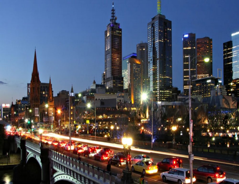 melboure-by-night.jpg