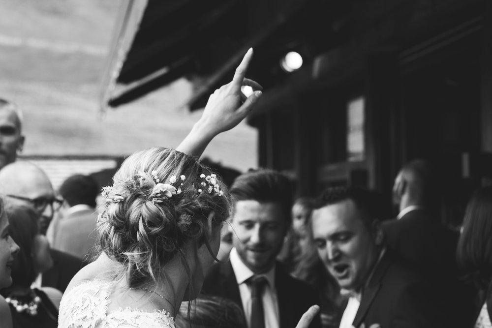 Photographe mariage haute savoie col des aravis hotel restaurantles rhodos
