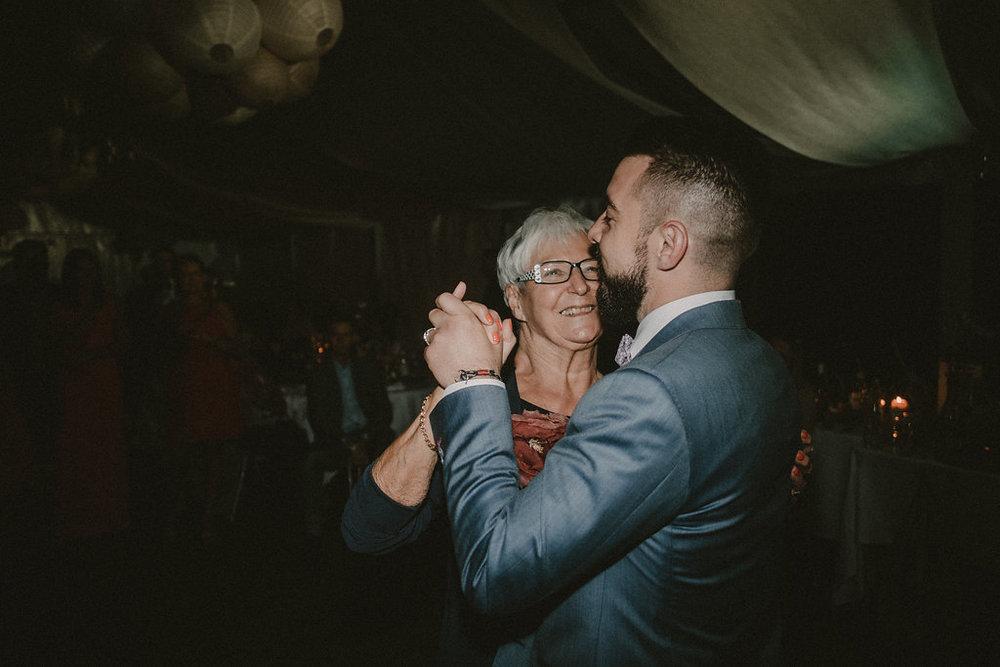 photographe-mariage-rhone-alpes-domaine-des-plagnes (171).jpg