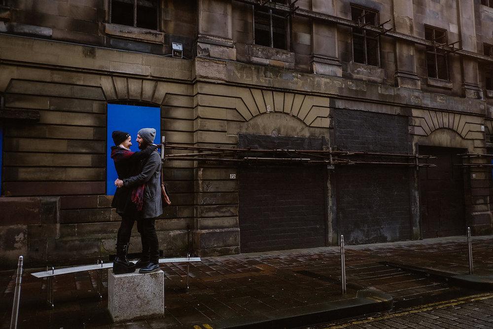 Couple Amoureux Glasgow Photographe Gerald Mattel (17).jpg