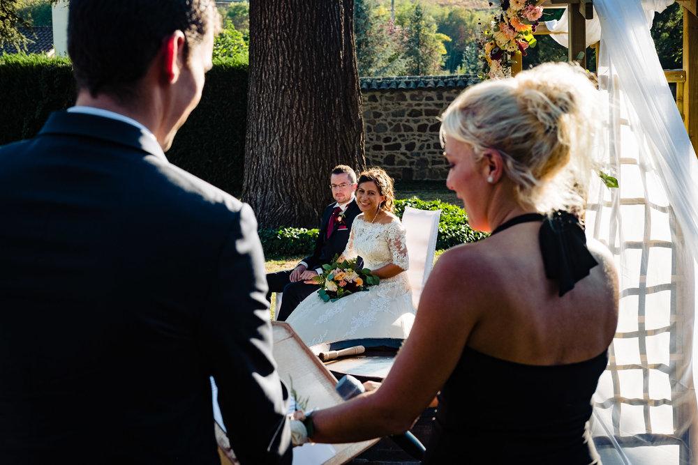 gerald-mattel-photographe-mariage-chateau-loges-13.jpg