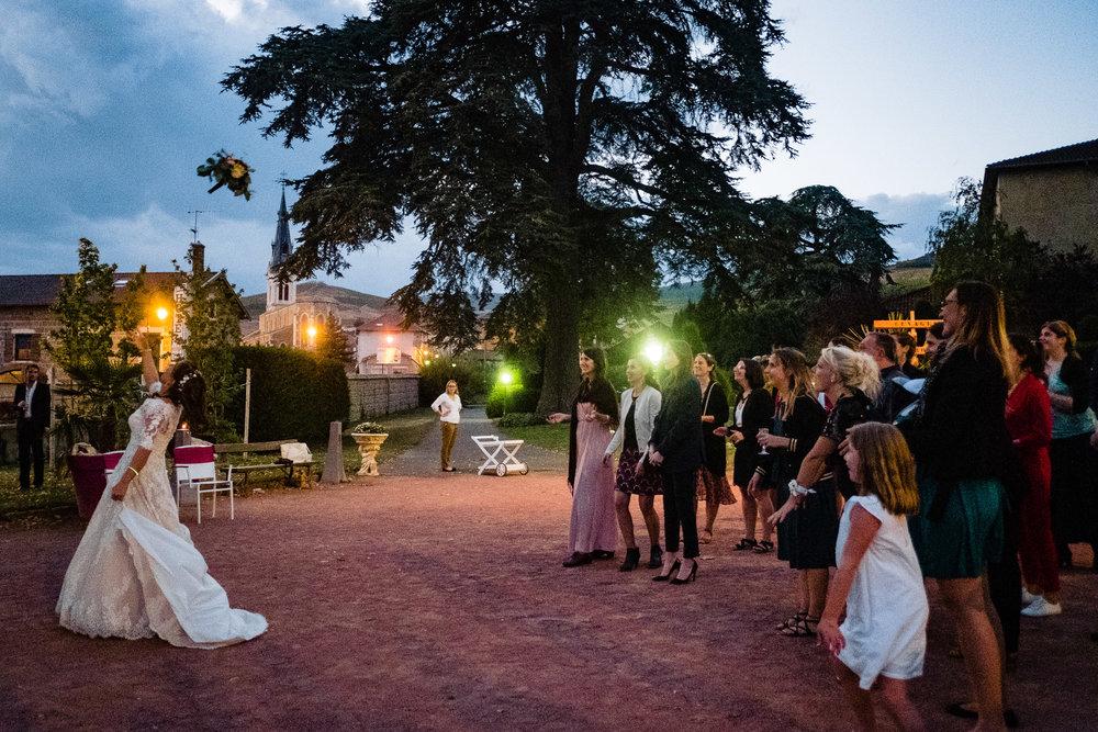 gerald-mattel-photographe-mariage-chateau-loges-21.jpg