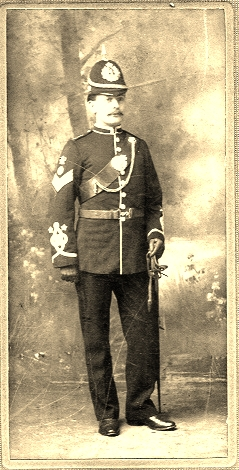 Photograph dated 1904 shows William Blunt as a member of the Territorial Army, the Cameronians, based at Hamilton.