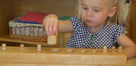 montessori-education-repetition-curriculum-cylinder-block-