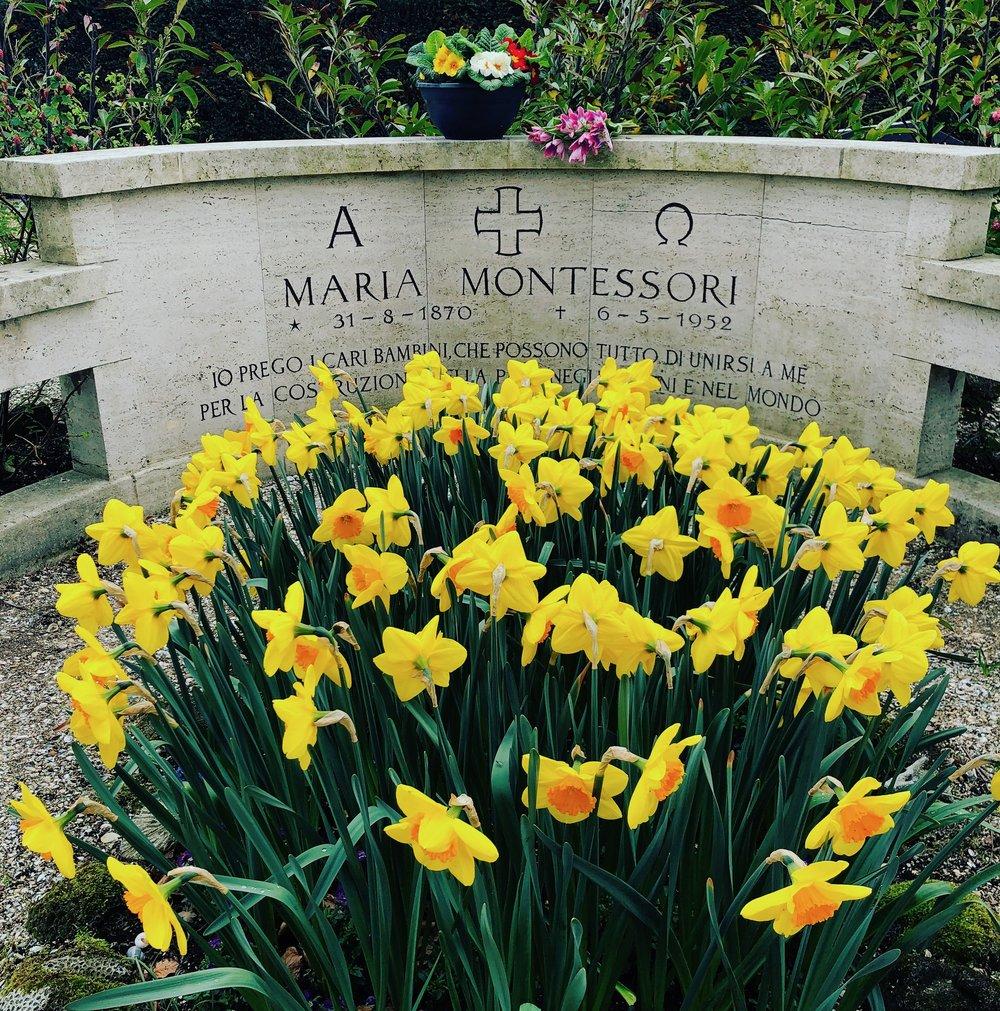 Maria_Montessori_grave.jpg