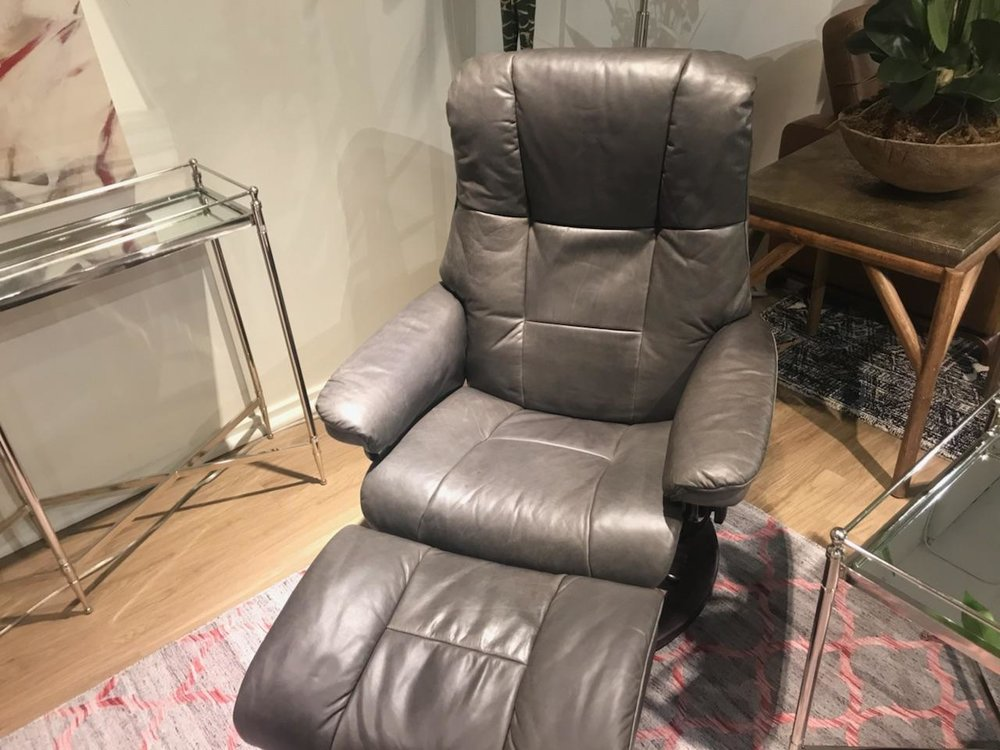 Stressless Pioneer Grey Leather on a Stressless Mayfair Recliner