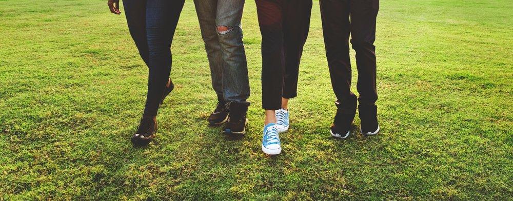 community-field-footwear-1350614.jpg