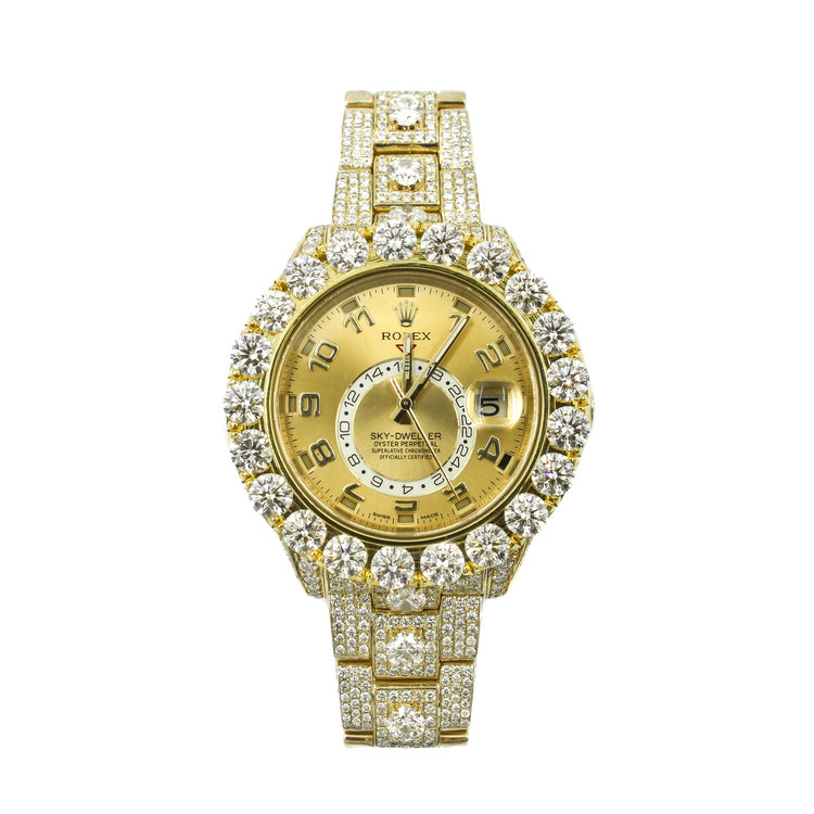 Rolex Skydweller - 18Kt Yellow Gold with White Diamonds