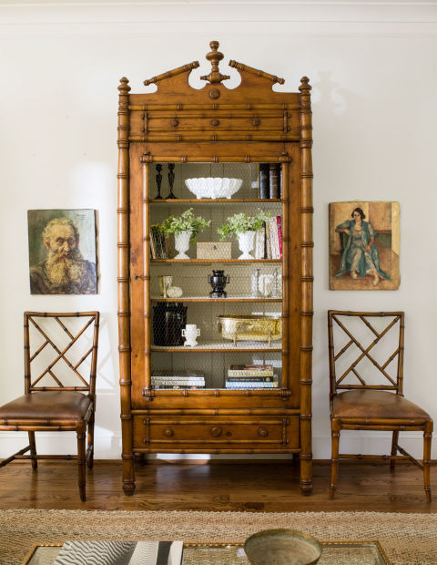 displaying-art-hutch-1115.jpg