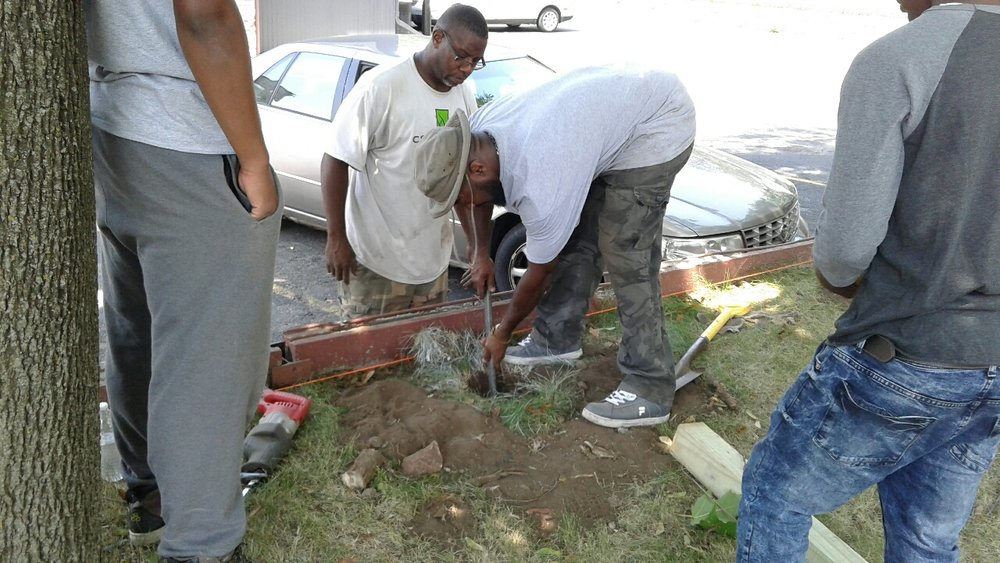 New Lens Urban Mentoring Society Landscaping 08.JPG