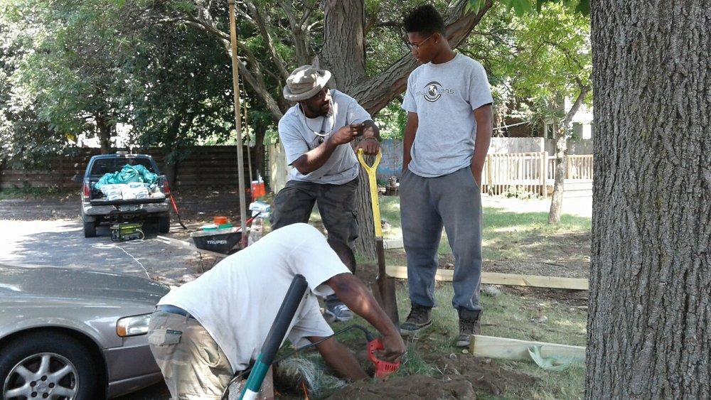 New Lens Urban Mentoring Society Landscaping 02.JPG