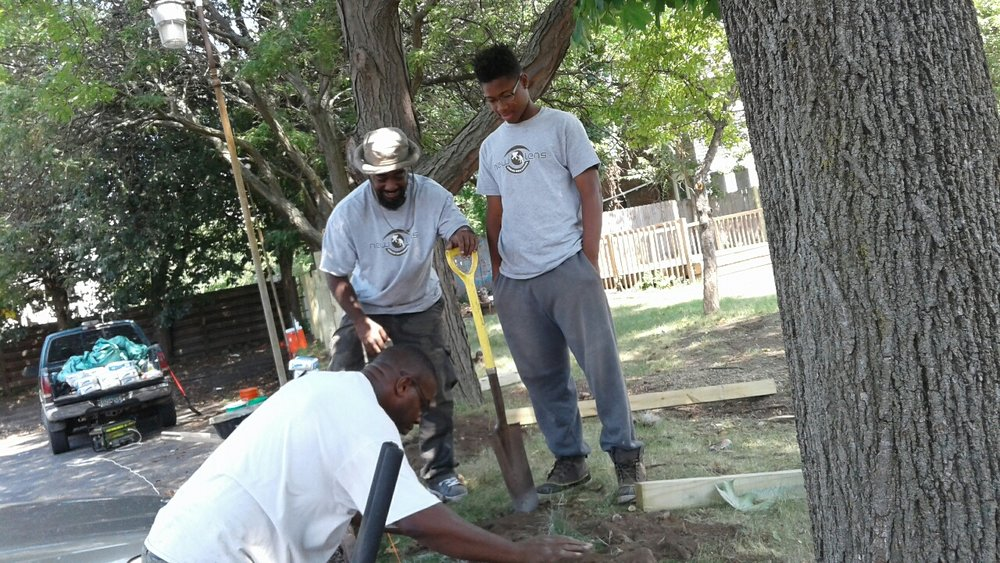 New Lens Urban Mentoring Society Landscaping 03.JPG
