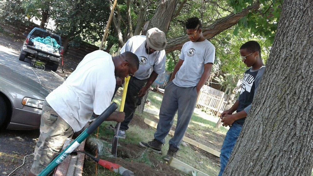 New Lens Urban Mentoring Society Landscaping 04.JPG