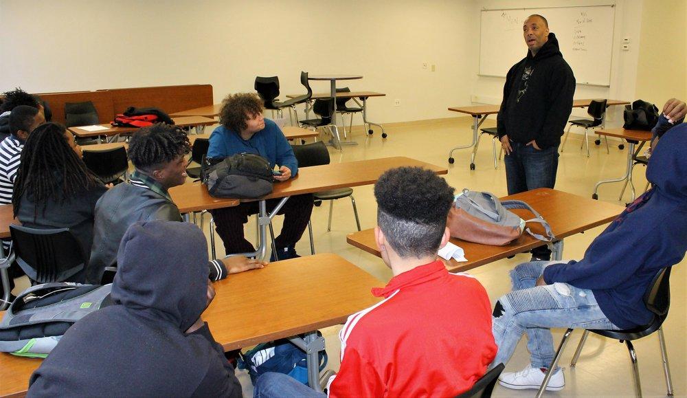 New Lens Urban Mentoring Society Harding High School 01.JPG