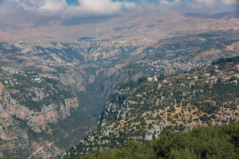 La Vallée des Saints - Les chrétiens y trouvèrent refuge lors des persécutions qui commencèrent à la fin du VII siècle