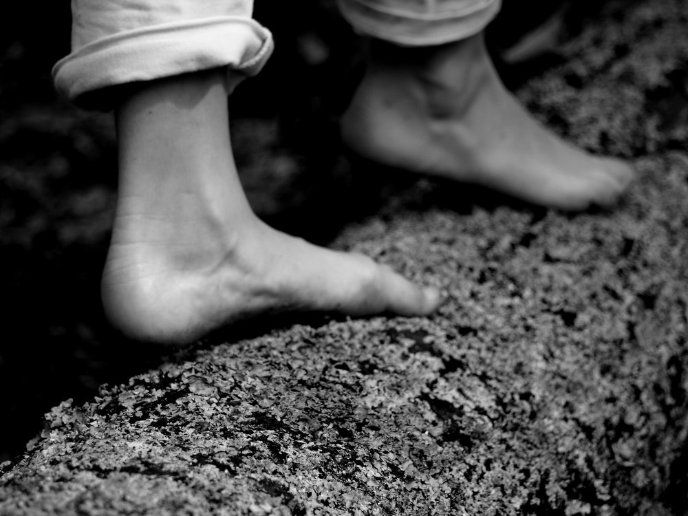 5029_Shadow_Feet.jpg