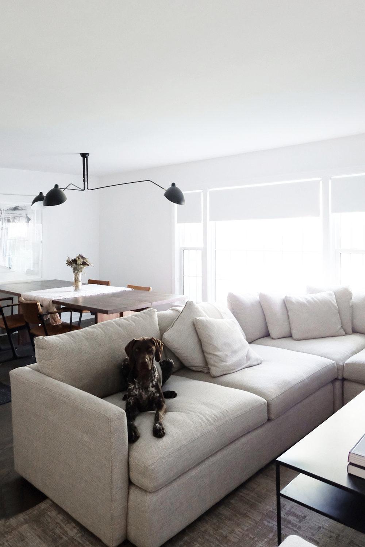 Living Room_03.jpg
