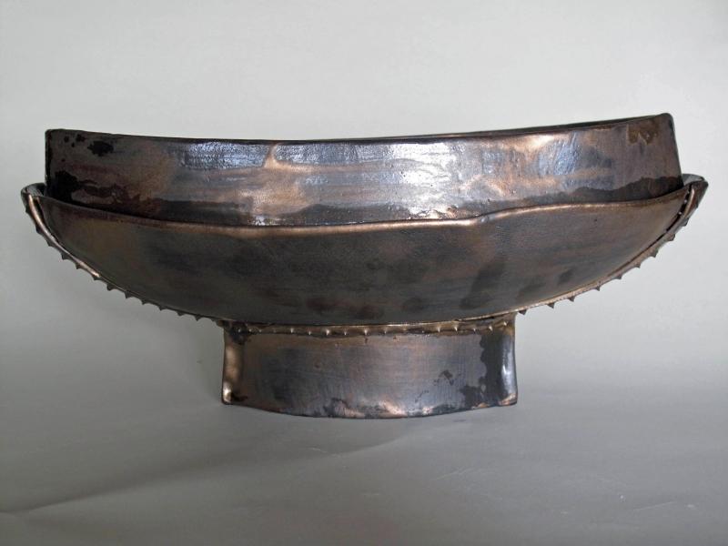 Studded vessel