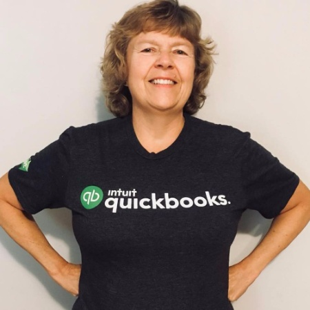 Kathy Grosskurth - Owner of Bookkeeping Clean and Simple