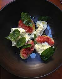 The burrata with figs