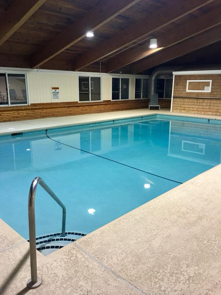Indoor Pool .jpg