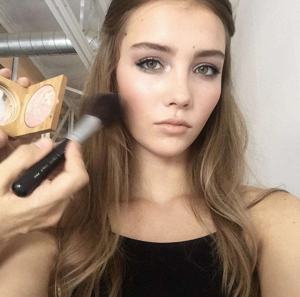 Remi Bennett, Fordrba, Design De Amore, Melody Sanchez, Patikart Makeup