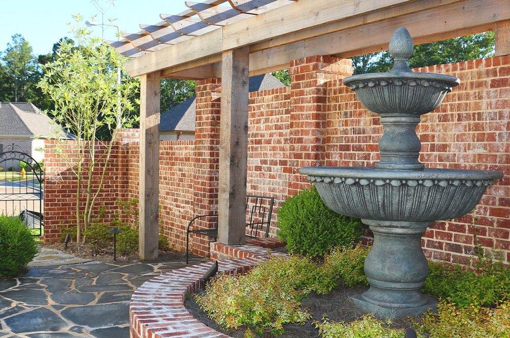 Courtyard 1200 x 795.jpg