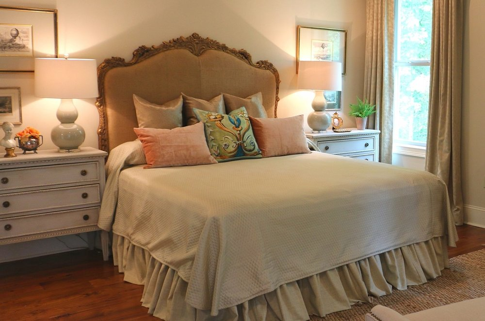 Bedroom 1200 x 795.jpg