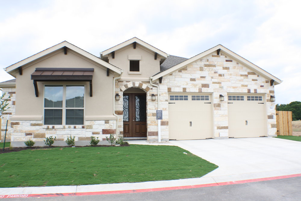 Pecos - $397,725 2,399 Sq. Ft.    4 Bedroom/ 2.5 Bath Available Beginning of July