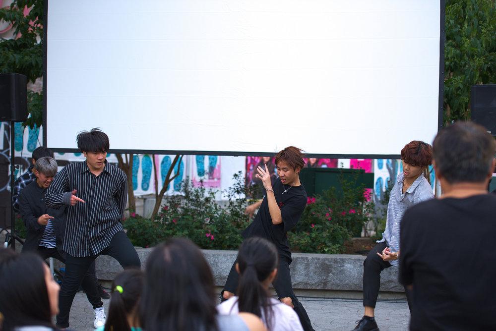 Performers_dance3.jpg