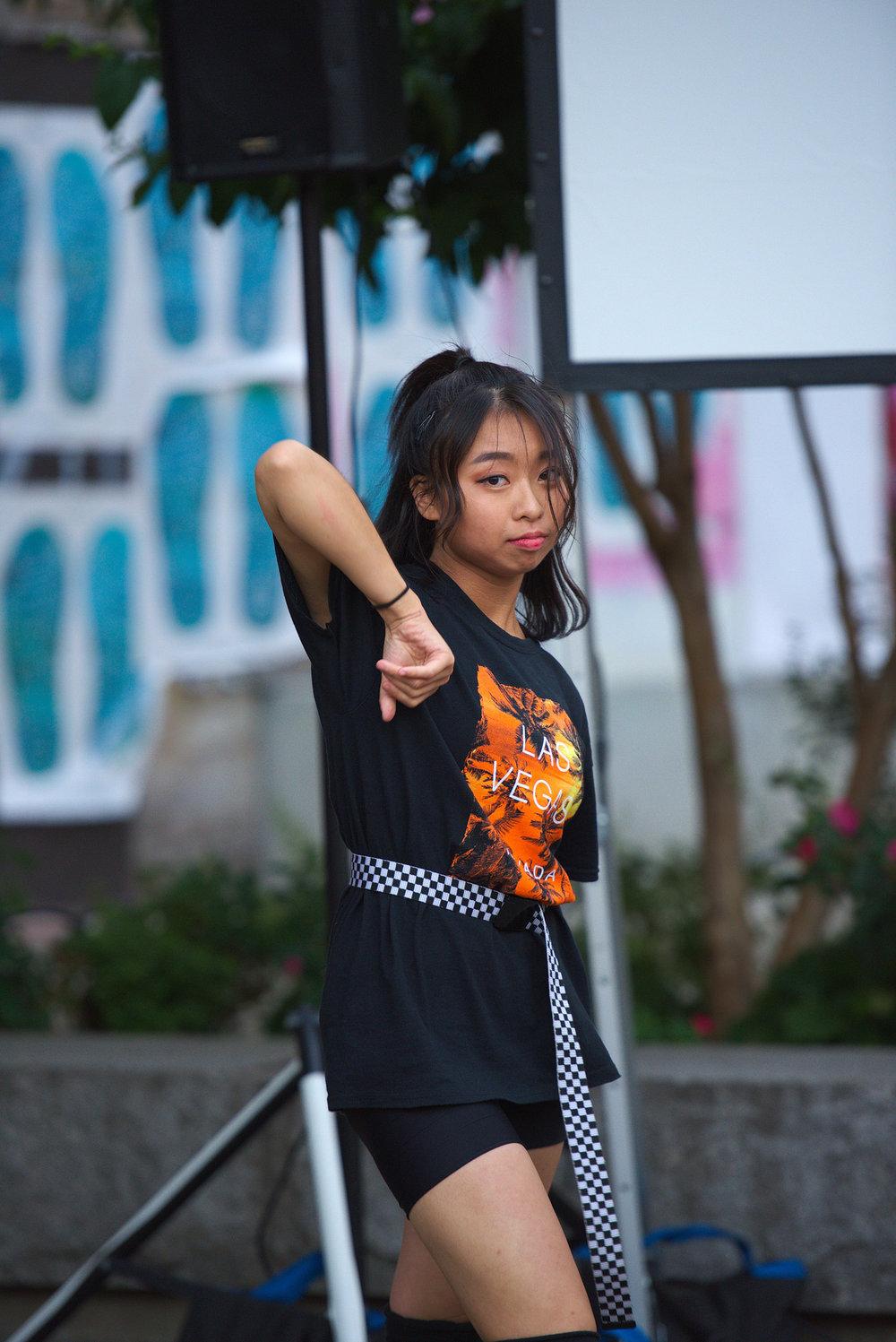 Performers_dance4.jpg