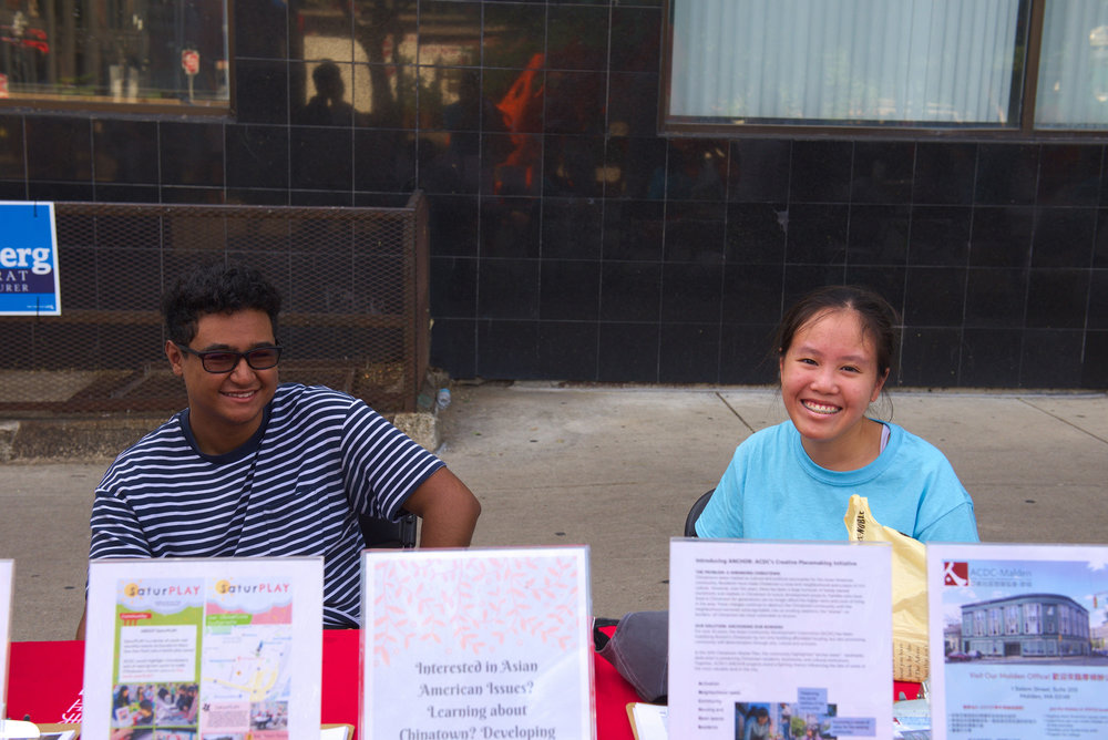 Volunteers_welcome table.jpg