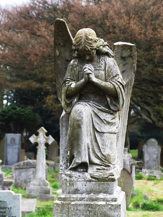 gravestone.png