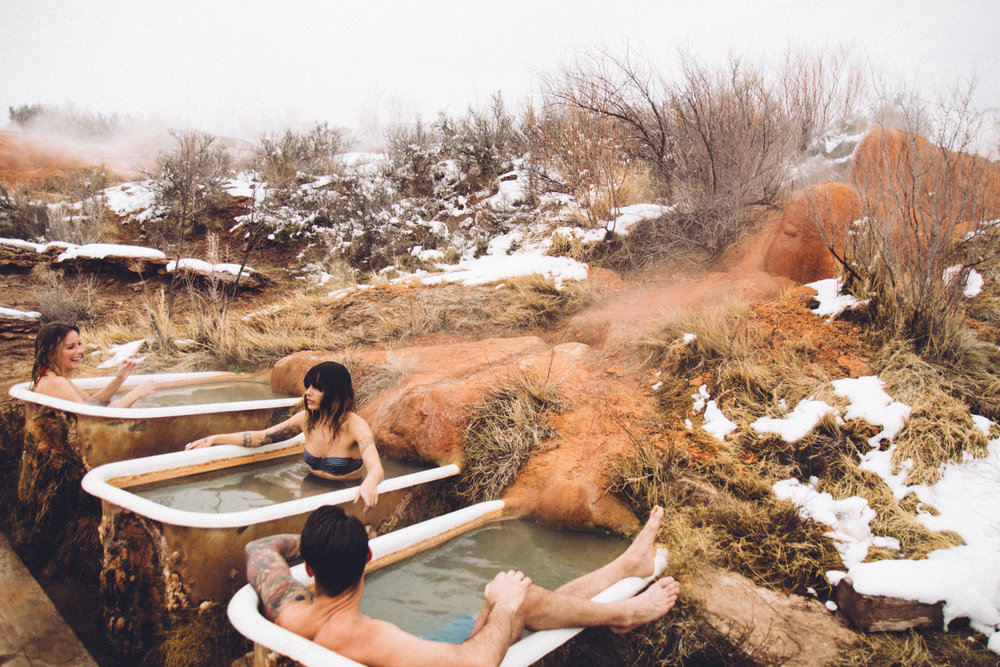 mystic hot springs // lace & likes