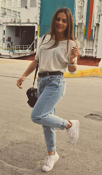 via lookbook.nu