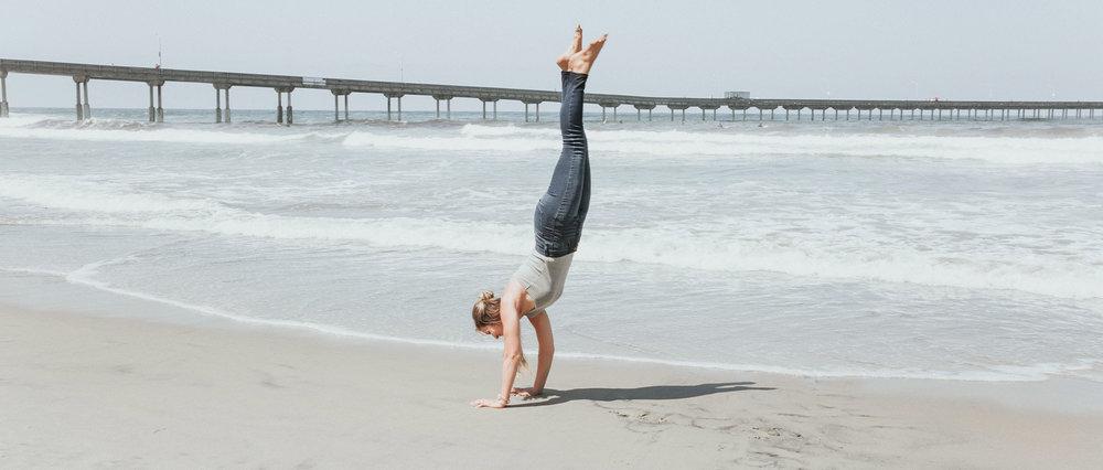 katelyn-parsons-handstand.jpg