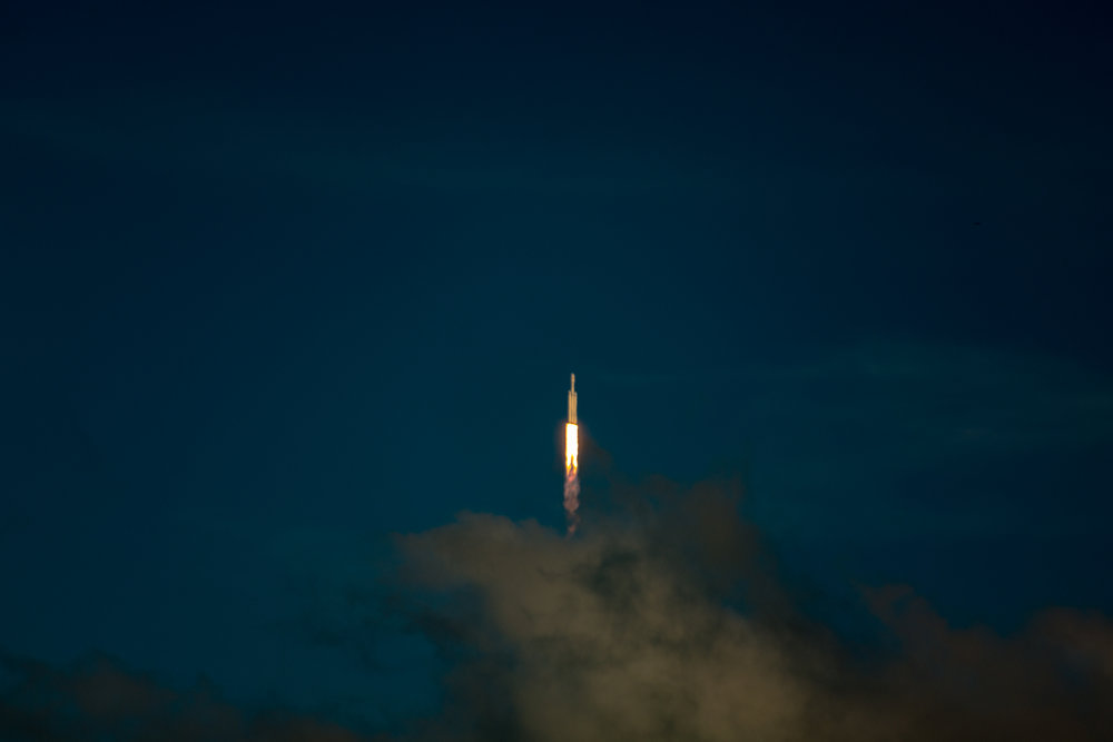 SpaceX Falcon Heavy First Flight