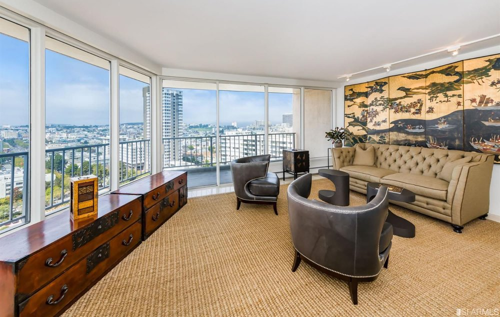 1200 Gough Street - 1 bed | 1 bath | Views and location | $949,000